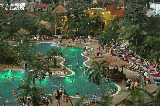 Самые большие аквапарки мира ( список ФОТО )