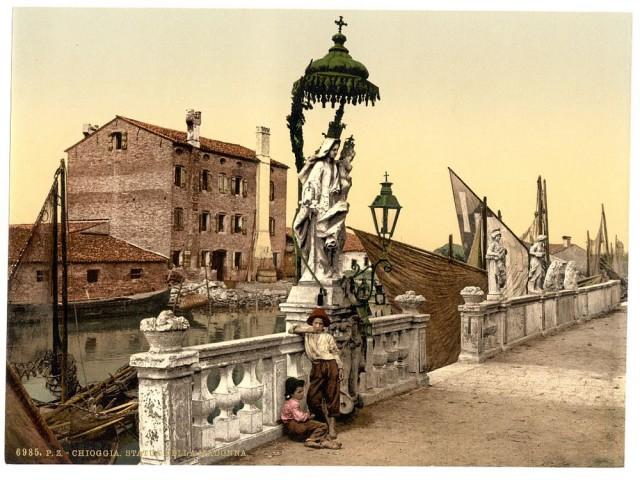 100 фотохромных открыток Венеции конца 19 века: великолепные дворцы, каналы, мосты и соборы в цвете