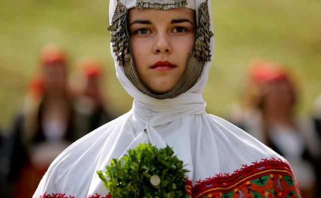 27 фотографий о традиционных свадебных платьях со всего мира