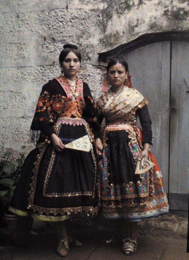 Автохромные ретро фотографии испанских женщин в начале 1900-х годов