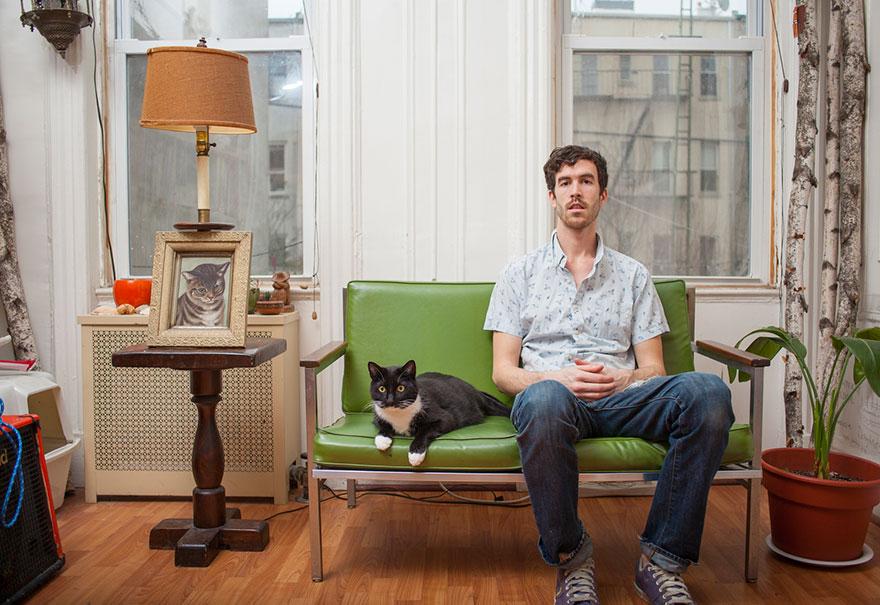 Мужчины и кошки - это очаровательно. Фотограф Дэвид Уильямс-5