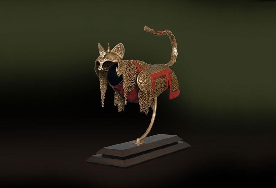 Эпические доспехи для кошек и мышей от Джеффа де Бура
