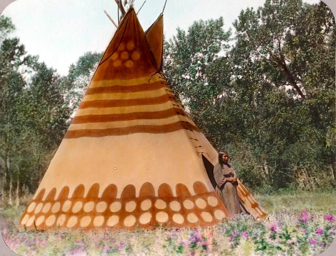 В лагере черноногих индейцев. Начало 1900-х, Вальтер МакКлинток