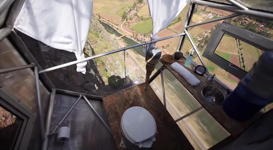 Прозрачный отель для экстремалов в перуанских Андах над Священной долиной-81