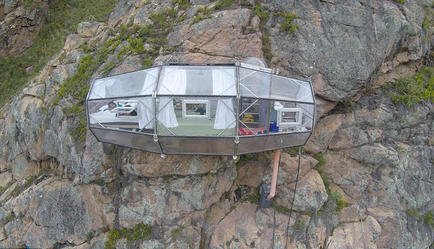 Прозрачный отель для экстремалов в перуанских Андах над Священной долиной-2