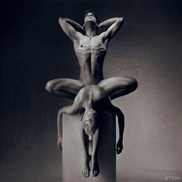 Ню художественная фотография работа моделью мир тесен