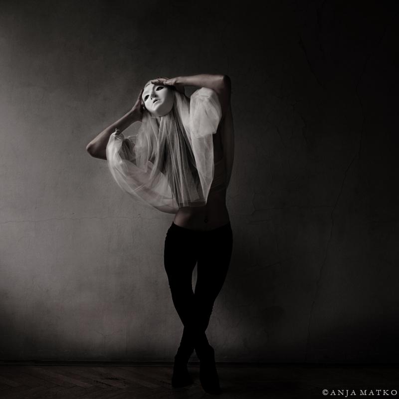 avtoportrety Ani Matko 11