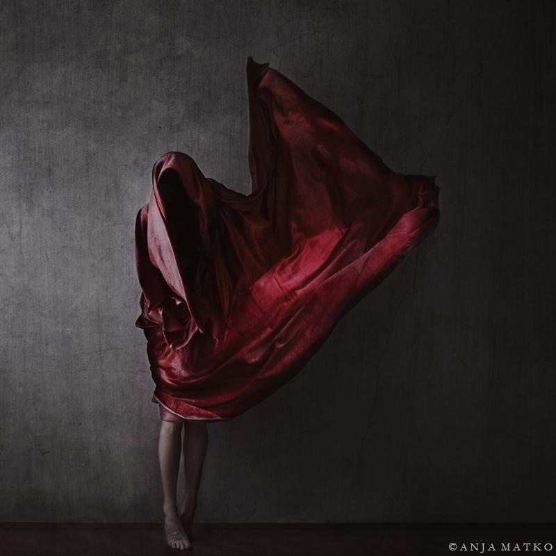 avtoportrety Ani Matko 19