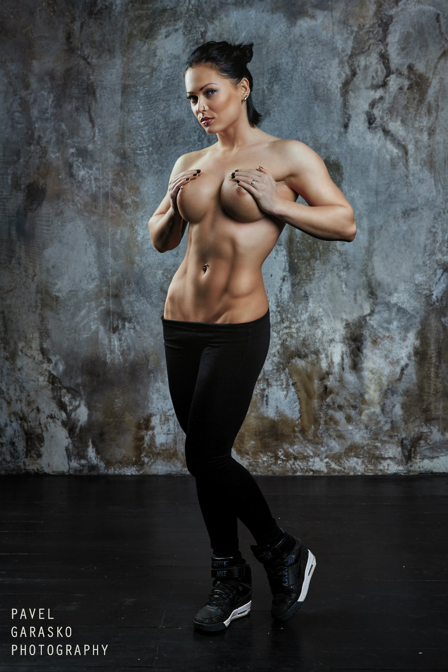 Girl naked models nude busty fitness