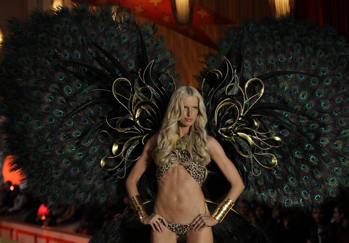 Pokaz mod Victorias Secret 19