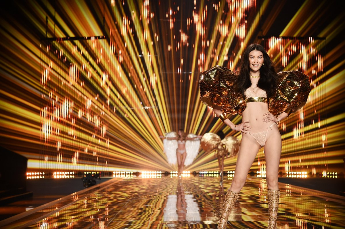 Pokaz mod Victorias Secret 27