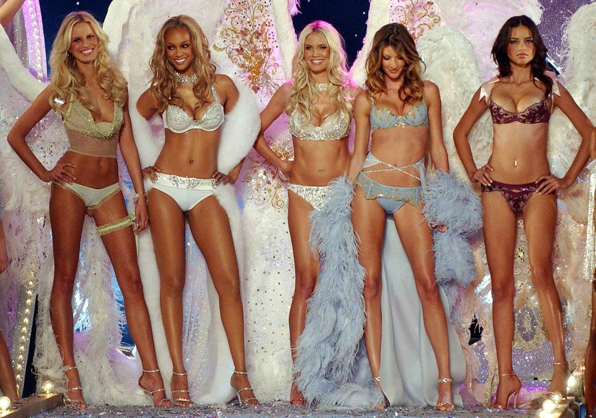 Pokaz mod Victorias Secret 9