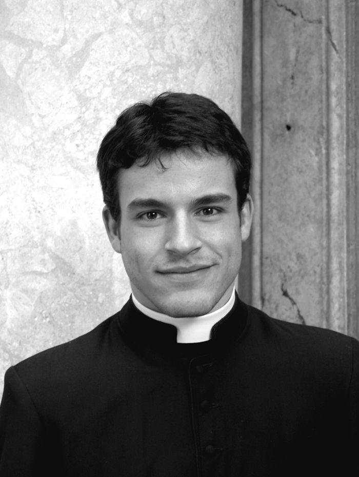 vatikanskie svyaschenniki Calendario Romano 1