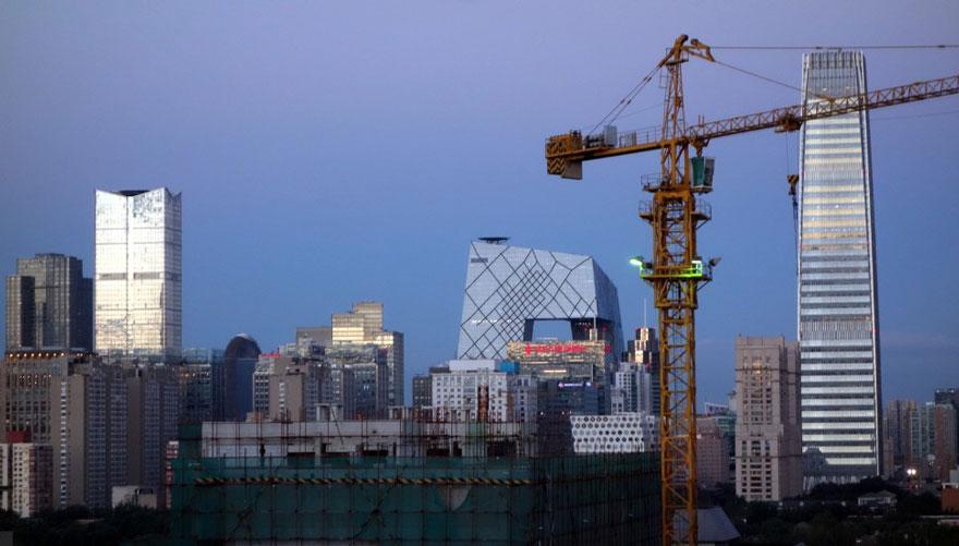 В Пекине приостановили работу заводов и автомобильное движение, чтобы показать жителям чистое небо-6