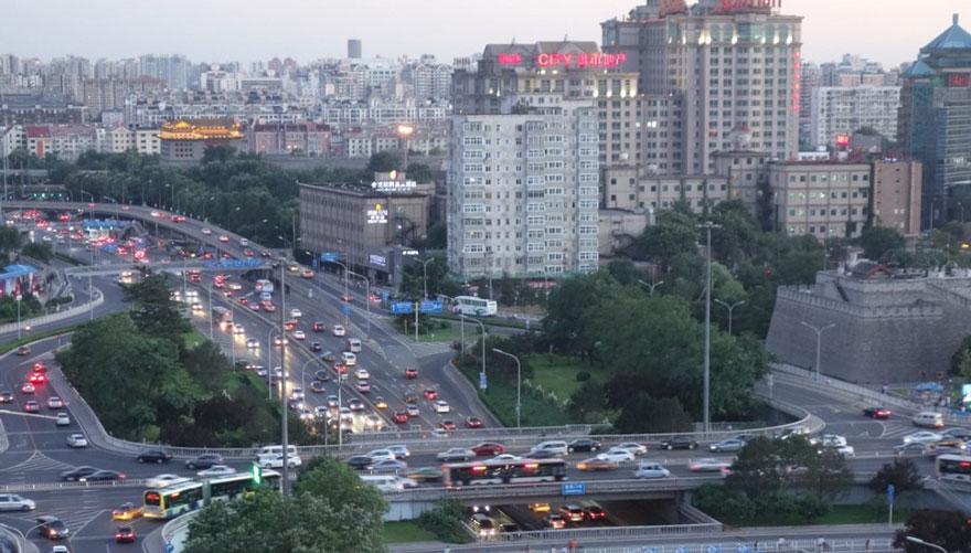 В Пекине приостановили работу заводов и автомобильное движение, чтобы показать жителям чистое небо-8