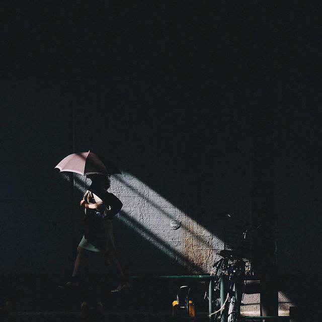 Японский колорит в уличных фотографиях Такаши Ясуи-16