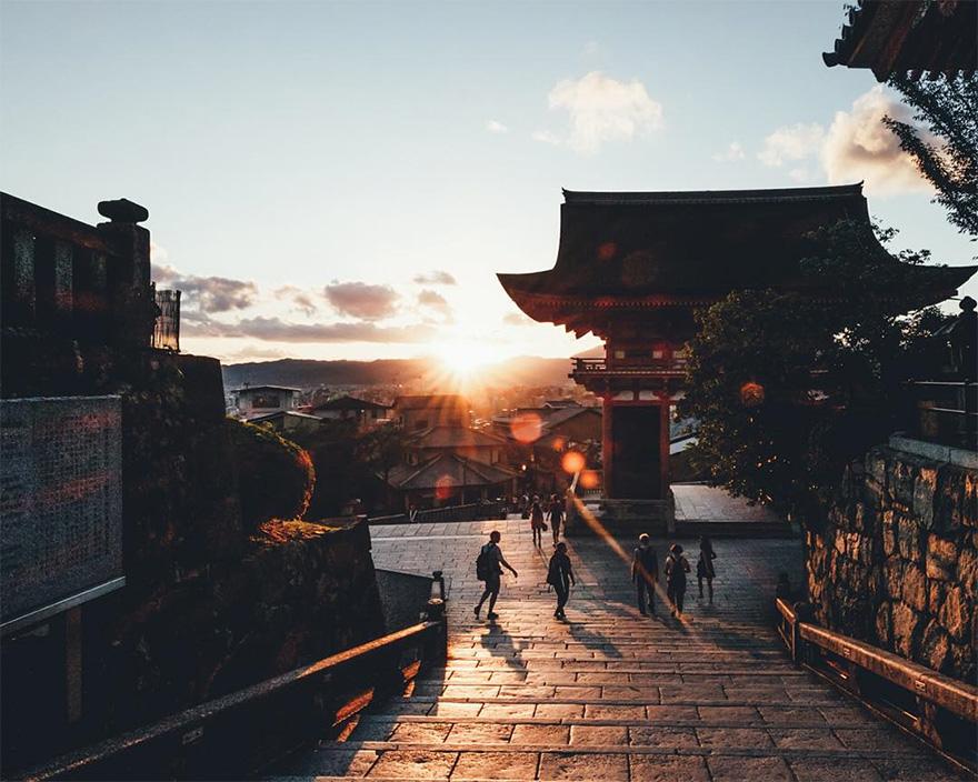 Японский колорит в уличных фотографиях Такаши Ясуи-10