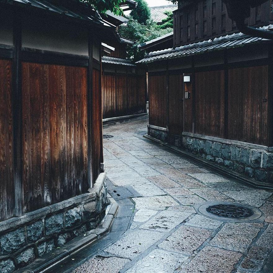 Японский колорит в уличных фотографиях Такаши Ясуи-14