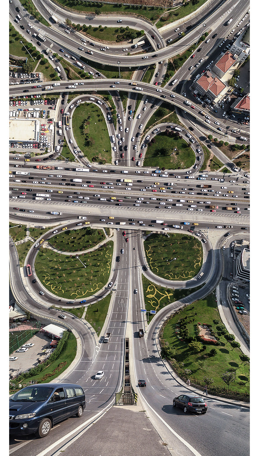 Mind-Bending Photos Of Istanbul Look Straight From Inception