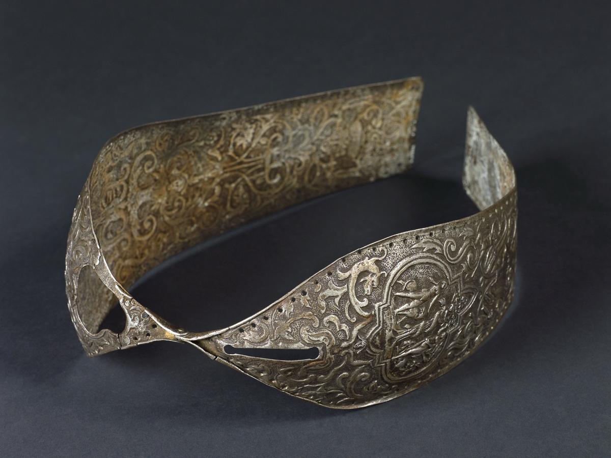 Poyasa vernosti istoriya 9 1450 год. Витиевато украшенный шарнирный пояс  целомудрия. 84fd96fa8f4