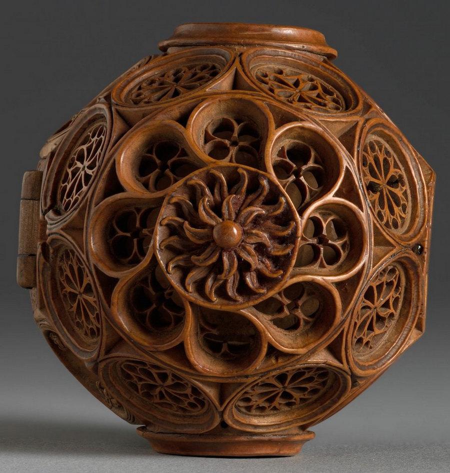 Что блоху подковать: самшитовые фигурки 16-го века 5