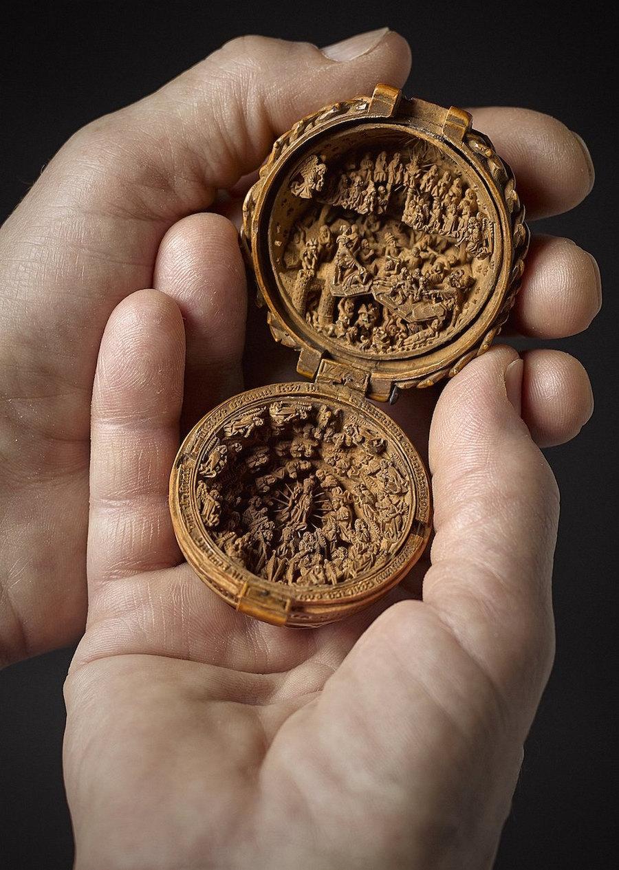 Что блоху подковать: самшитовые фигурки 16-го века 6
