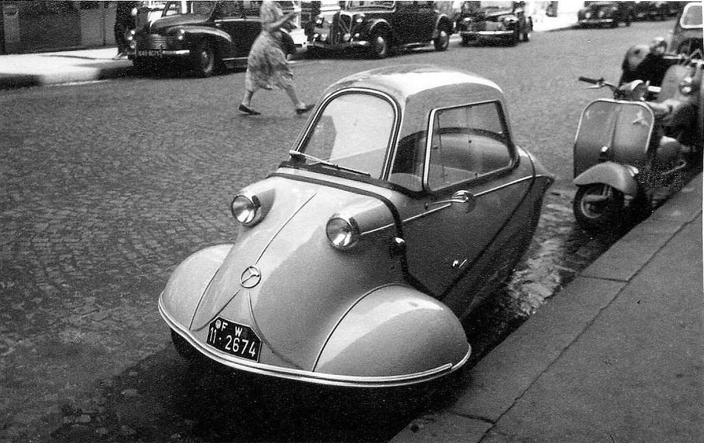 На экскурсию в Париж: столица Франции в объективе фотографа-любителя в 1955 году 1