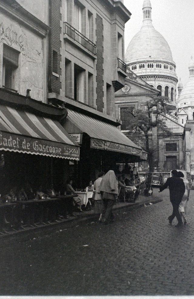 На экскурсию в Париж: столица Франции в объективе фотографа-любителя в 1955 году 28