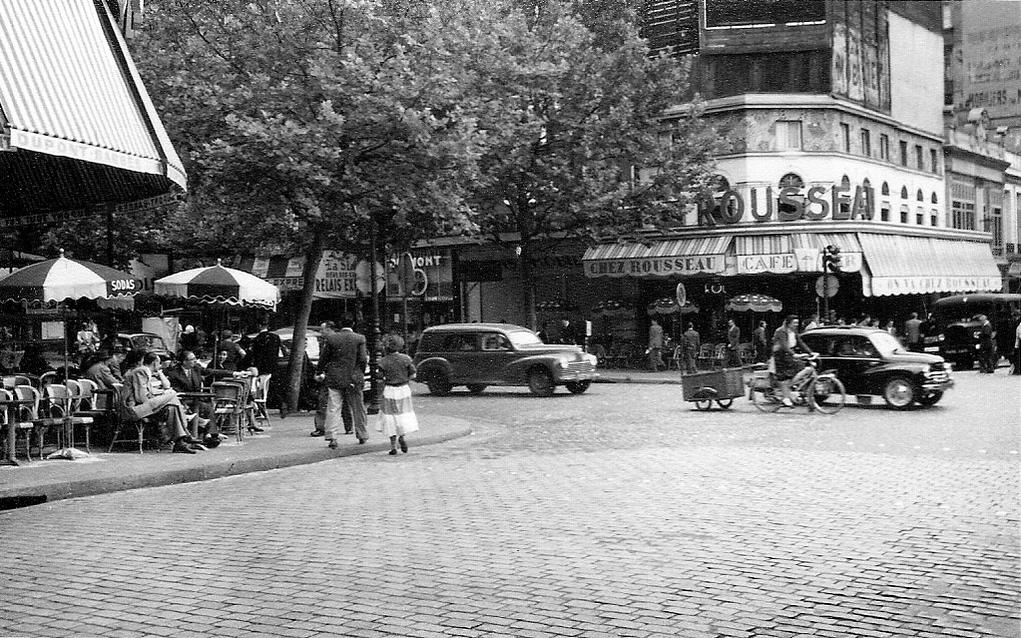 На экскурсию в Париж: столица Франции в объективе фотографа-любителя в 1955 году 4
