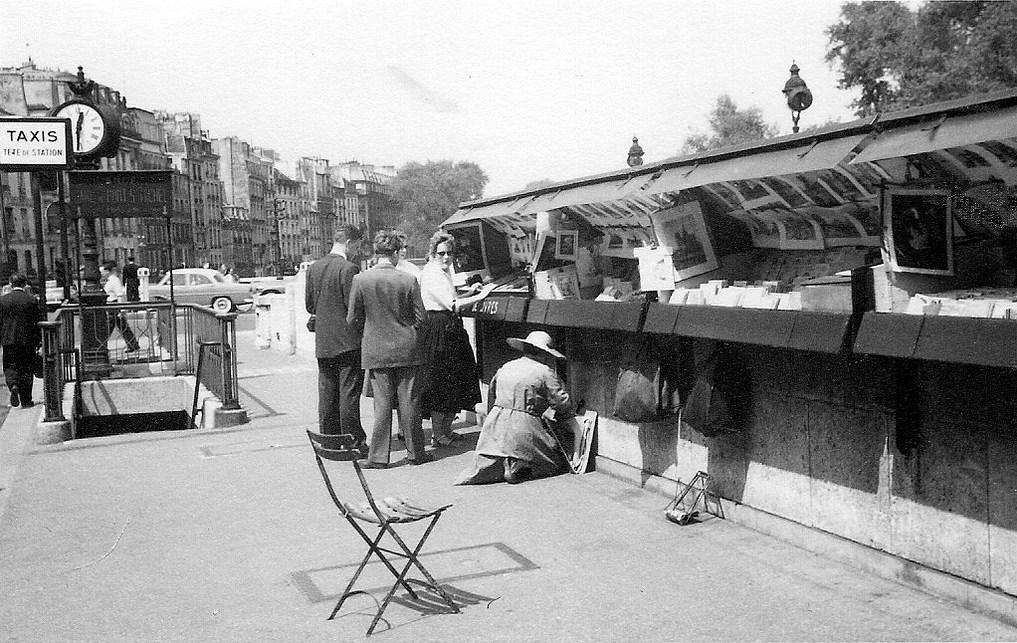 На экскурсию в Париж: столица Франции в объективе фотографа-любителя в 1955 году 5