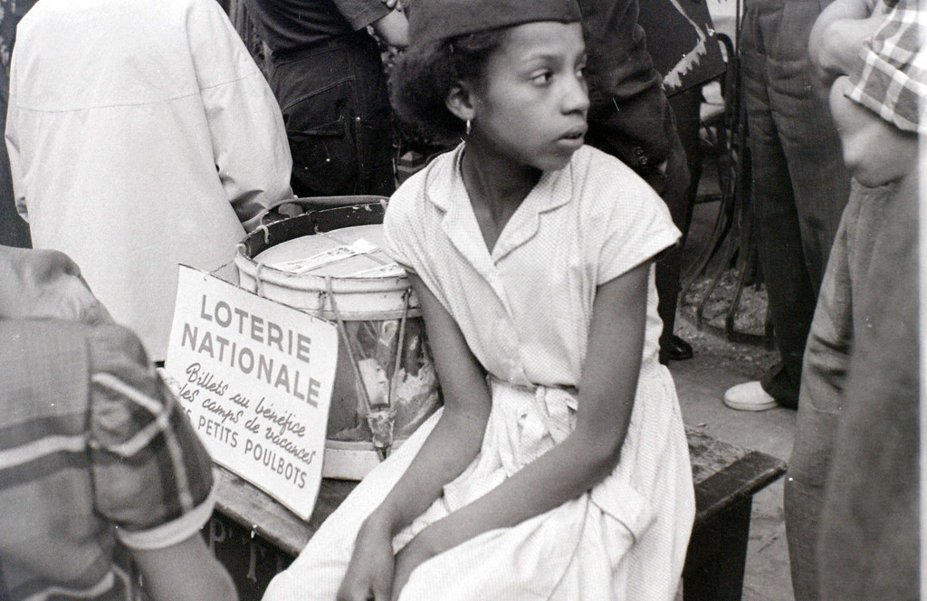 На экскурсию в Париж: столица Франции в объективе фотографа-любителя в 1955 году 53
