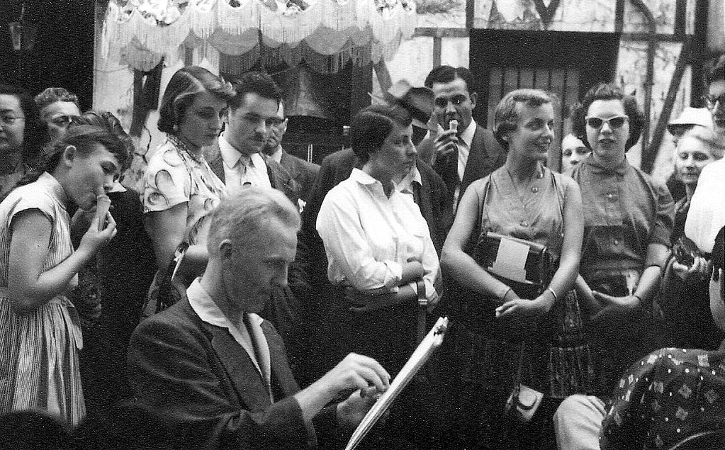 На экскурсию в Париж: столица Франции в объективе фотографа-любителя в 1955 году 57