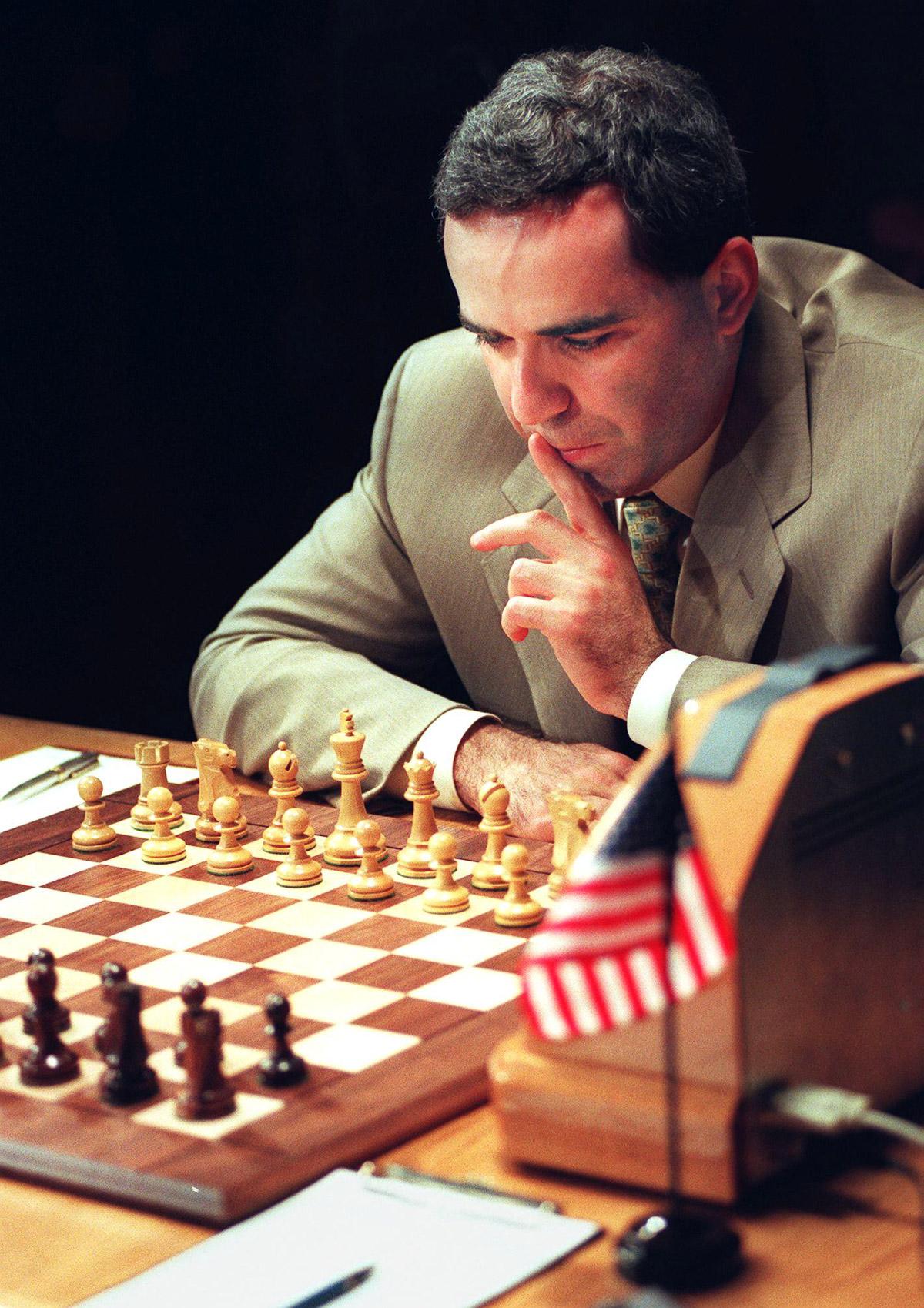 Shahmatnye matchi Kasparov Deep Blue 9