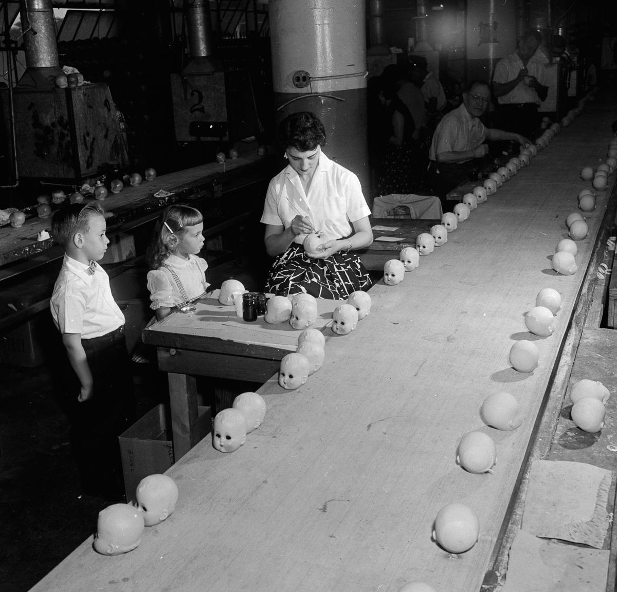 fotografii fabrik kukol 14