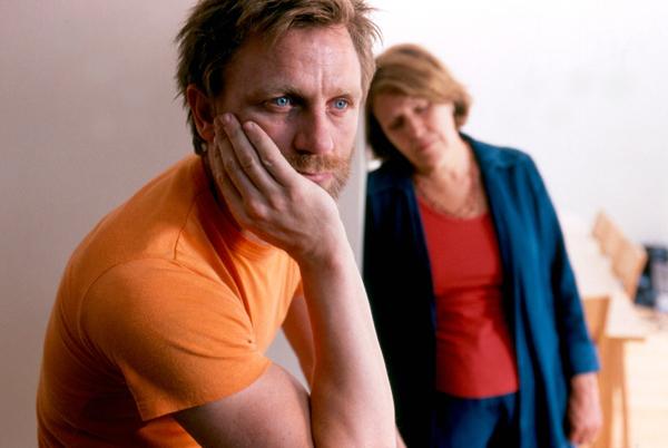 Мать и сын сексуальные партнеры сцены из художественных фильмов