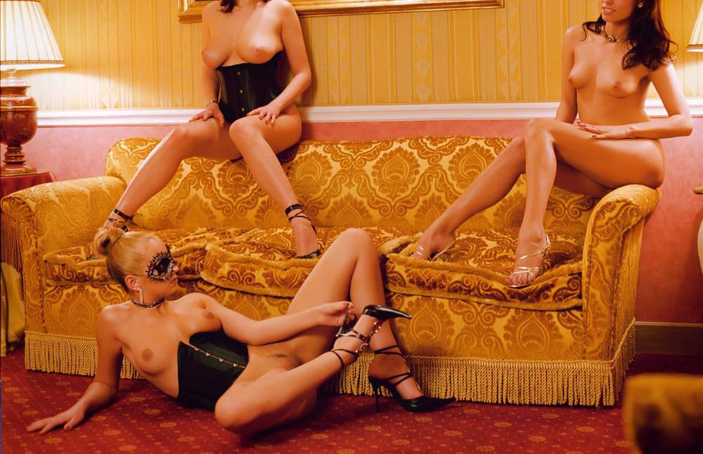 Эротика онлайн приват комната порно ночной клуб