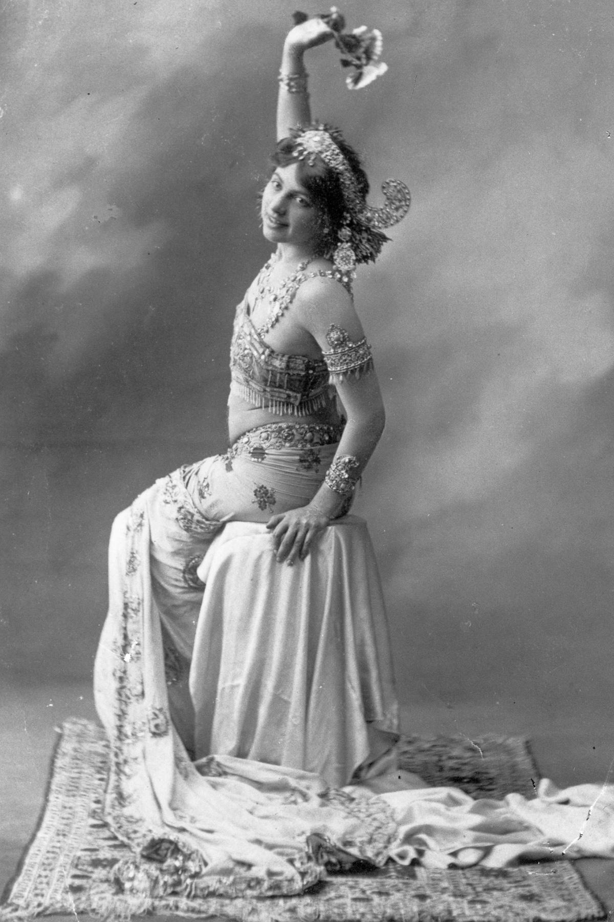 Мата Хари: история танцовщицы, куртизанки и шпионки (1905-1917) - 10