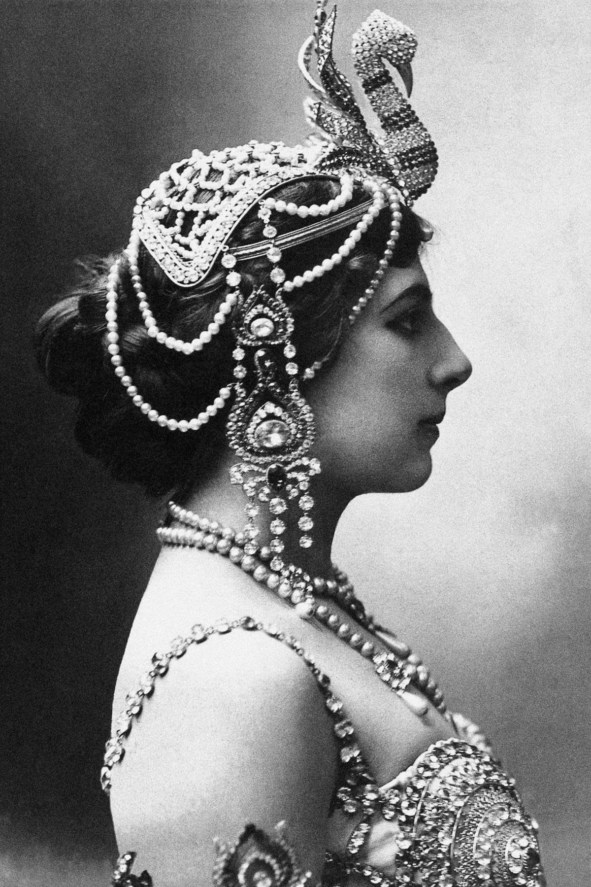 Мата Хари: история танцовщицы, куртизанки и шпионки (1905-1917) - 11