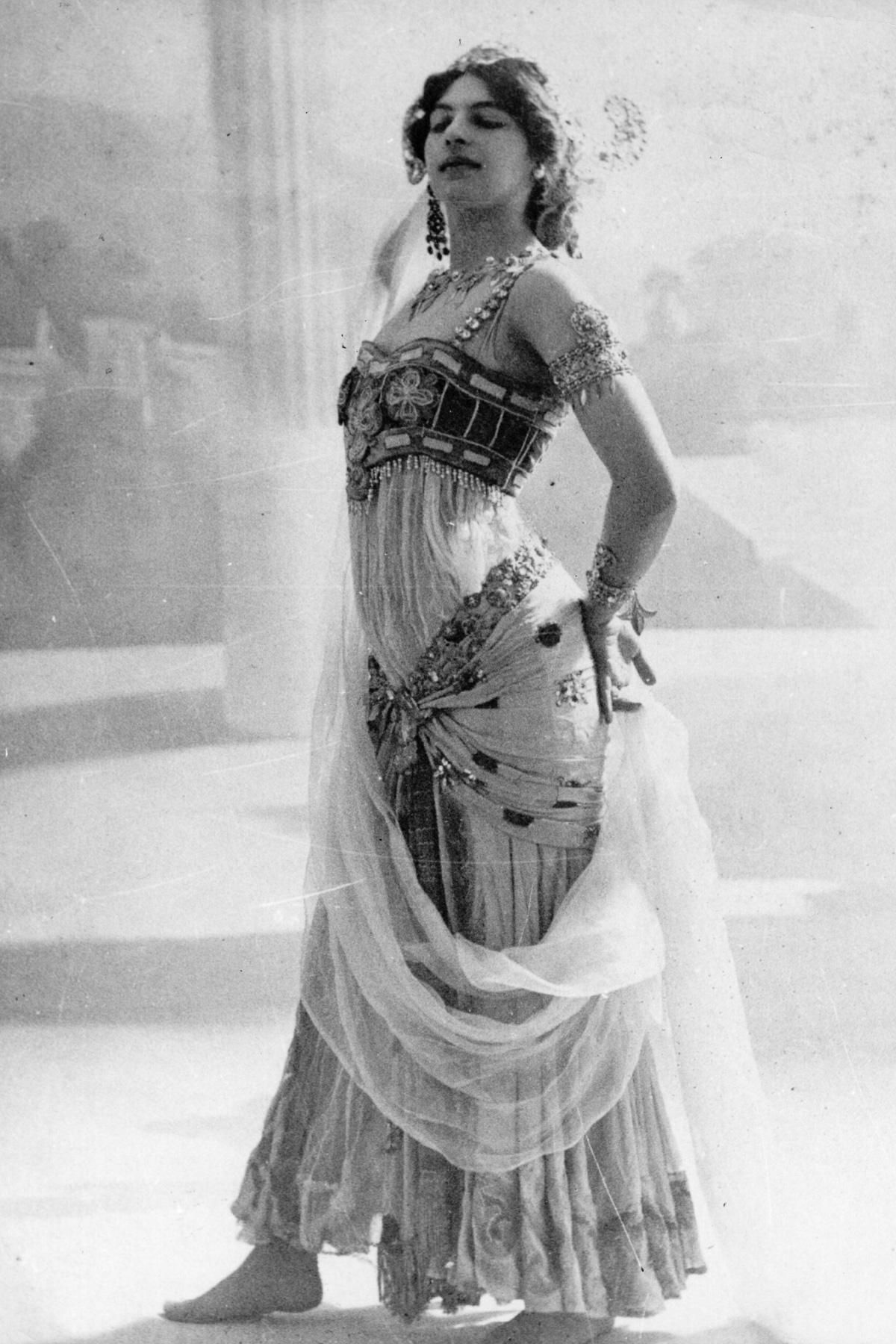 Мата Хари: история танцовщицы, куртизанки и шпионки (1905-1917) - 3