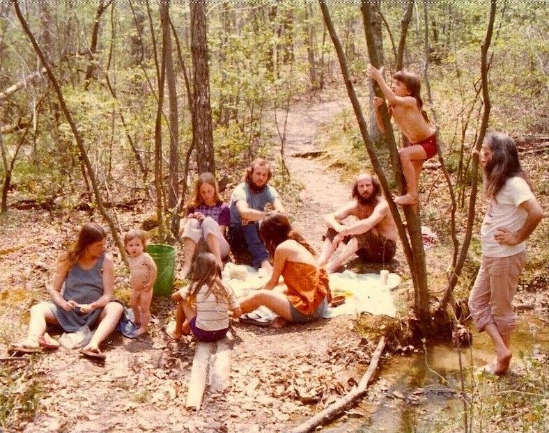 fotografii obschiny amerikanskih hippi 12