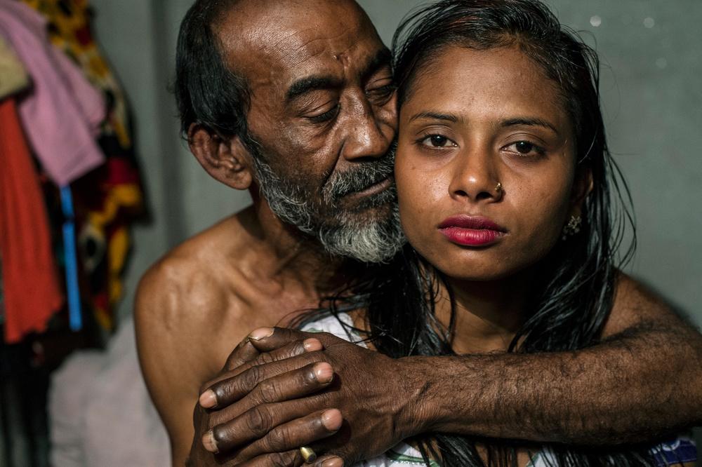 Проститутка из индии проститутки вологда индивидуалки