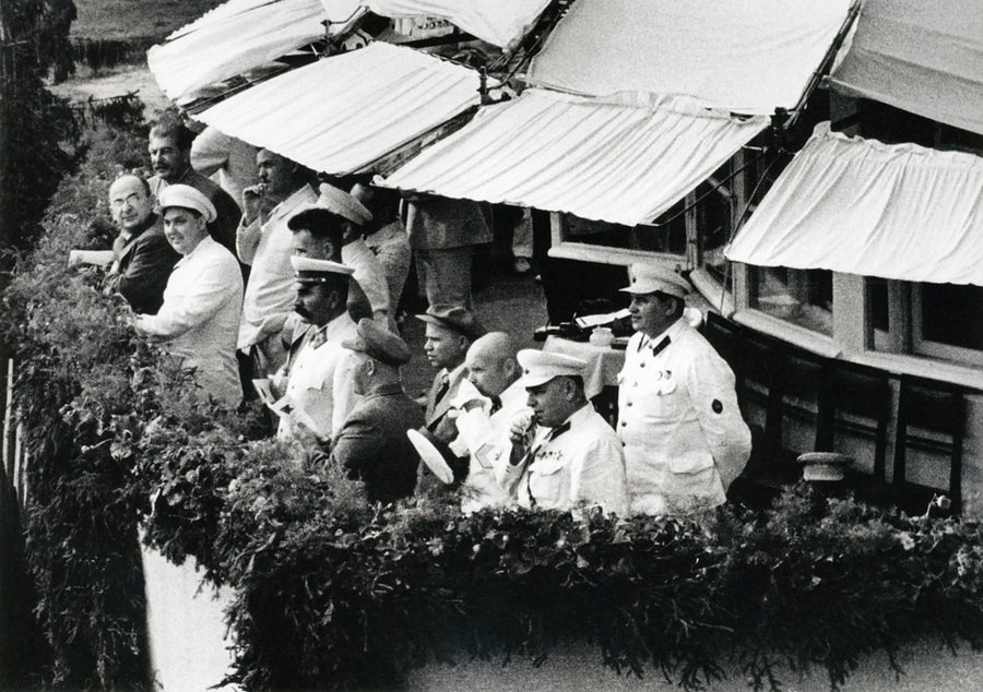 Советская история в фотографиях легендарного Дмитрия Бальтерманца 55