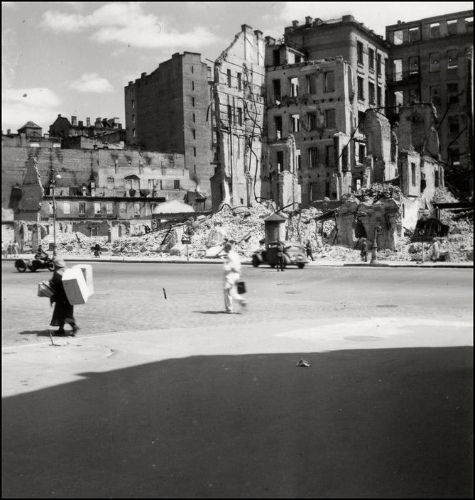 Оккупированный Киев глазами знаменитого немецкого фотографа Герберта Листа 90