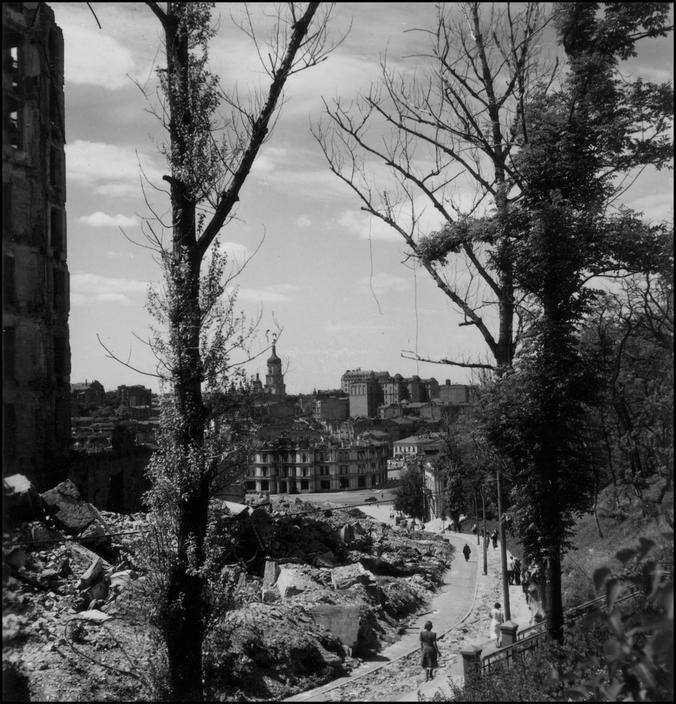 Оккупированный Киев глазами знаменитого немецкого фотографа Герберта Листа 92