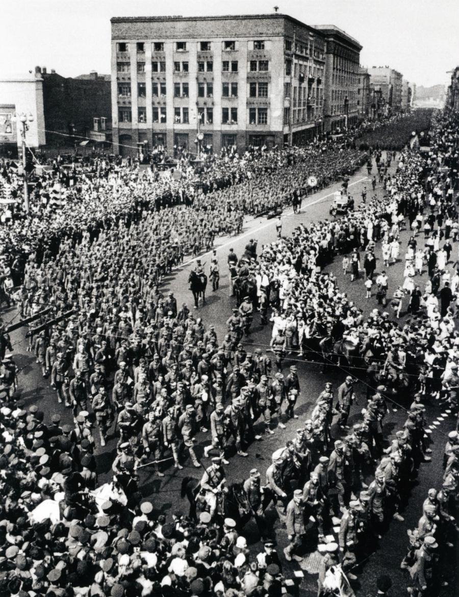 Советская история в фотографиях легендарного Дмитрия Бальтерманца 1 18