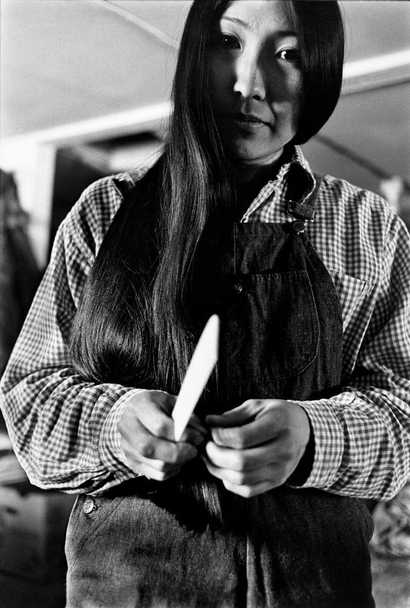 Жизнь в эскимосских деревнях Аляски. Фотограф Алекс Харрис  24