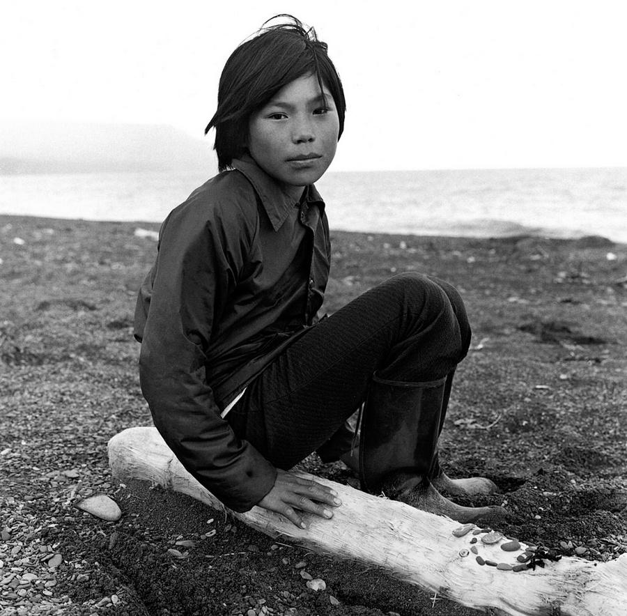 Жизнь в эскимосских деревнях Аляски. Фотограф Алекс Харрис  3