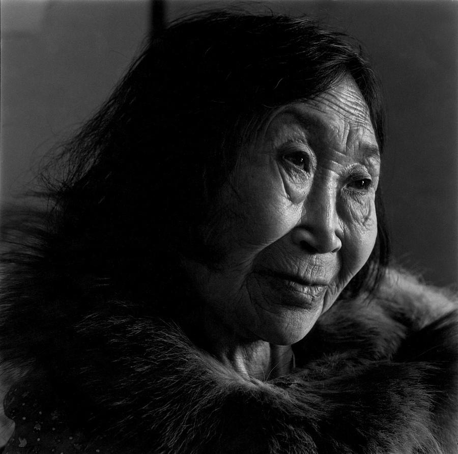 Жизнь в эскимосских деревнях Аляски. Фотограф Алекс Харрис  30