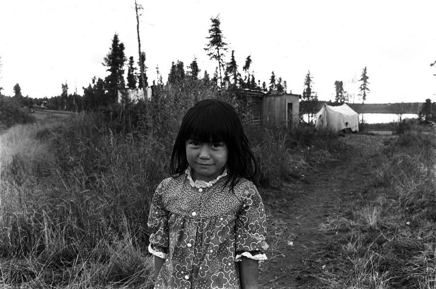 Жизнь в эскимосских деревнях Аляски. Фотограф Алекс Харрис  37