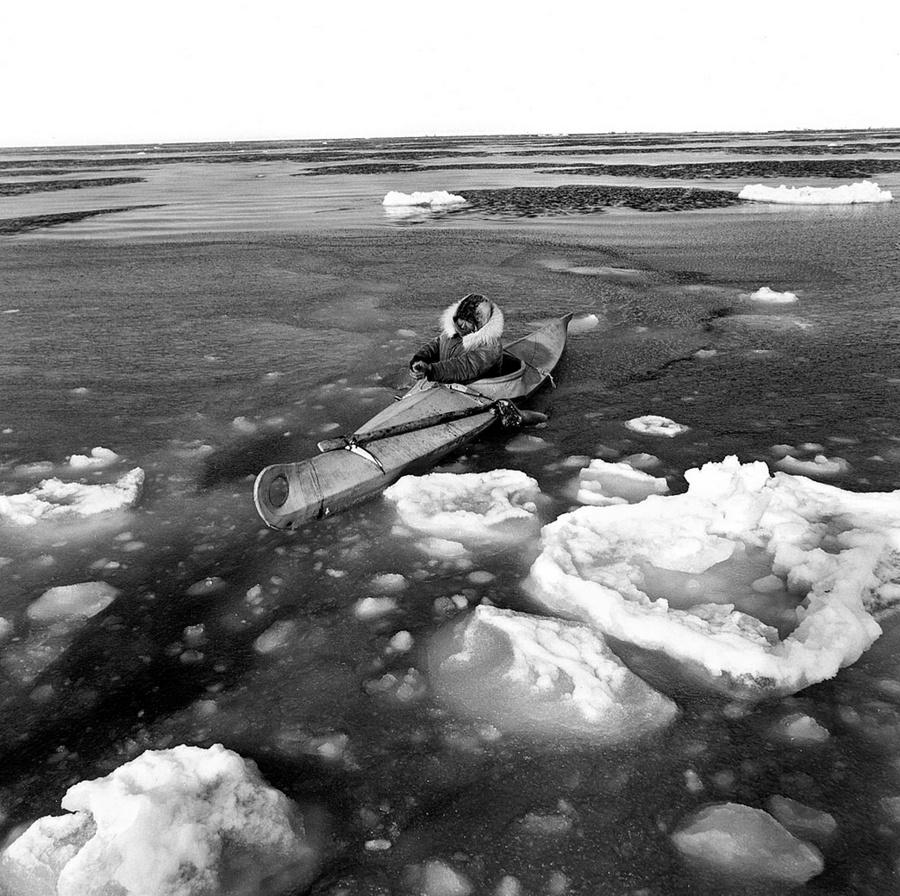 Жизнь в эскимосских деревнях Аляски. Фотограф Алекс Харрис  6
